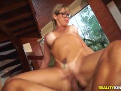 Sexo anal com loira safada