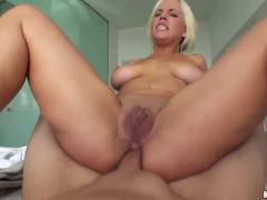 Sexo anal com uma loira safada