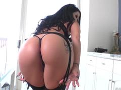 Porno travesti loira fodendo uma morena rabuda
